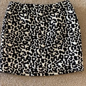 Like New cheetah mini skirt